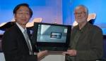 ASUS la CeBIT 2010: Jonney Shih si David Lewis prezinta notebookul ASUS NX90