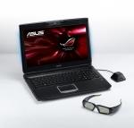 ASUS G51J 3D alaturi de ochelarii 3D