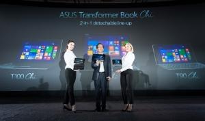 Jonney Shih (presedintele ASUS) prezinta Transformer Book Chi si ZenFone 2 cu prilejul conferintei ASUS de la CES 2015
