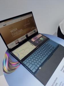 ASUS ZenBook Pro Duo (UX581)  la Computex 2019